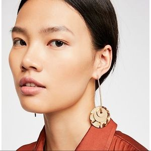 Free People Resin Pendulum Earrings NWT